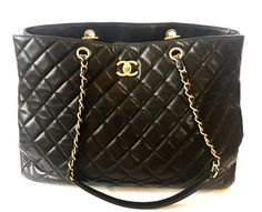 Original gently used Chanel Large Classic Lambskin Tote Bag for sale at Secret  Stash - Pakistan s top online shop for authentic designer bags at a  discount. 4107feaaa8