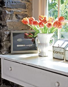 SNS 51 brings you - window sill decor | Funky Junk InteriorsFunky Junk Interiors Window Sill Decor, Kitchen Window Sill, Feng Shui Cures, Funky Decor, Window Shelves, American Interior, Vintage Cutlery, Funky Junk Interiors, Furniture Arrangement