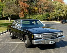 1985 Chevrolet Impala w/police package: 350 4bbl V8-700R4 auto-3.73 posi & F41 suspension