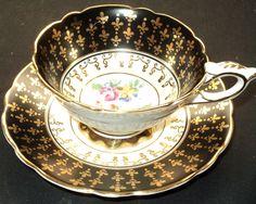 nice black teacup..