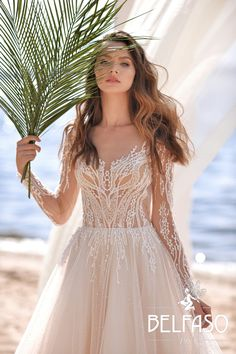Bridal collection Belfaso 2020 - wedding dress insp. Summer bride Low Cut Dresses, Dresses With Sleeves, Bridal Collection, Dress Collection, Mermaid Shorts, Wedding Gowns, Ball Gowns, Evening Dresses, White Dress