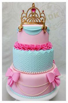 Princess Party Bright ~ princess cake