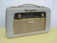 Marca belga Realson, Bruselas Radios, Le Radio, Poste Radio, Vintage Phones, Antique Radio, Transistor Radio, Marshall Speaker, Mid Century Design, Kitsch