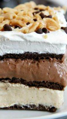 No-Bake Peanut Butter Chocolate Lasagna recipe ~ Easy No-Bake dessert with chocolate, peanut butter, and graham crackers.