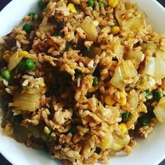 Curry fried rice for lunch - delicious! Recipe from http://ift.tt/1YevSOc #wfpbno #vegan #nooil by veggiejoyce