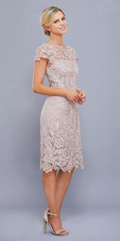 Dress up in this knee length lace dress in the color sand. This vintage-like feel short dress has an Mother Of Bride Outfits, Mother Of Groom Dresses, Mothers Dresses, Mother Of The Bride Dresses Knee Length, Older Bride Dresses, Brides Mom Dress, Blue Dresses For Women, Short Dresses, Short Lace Dress