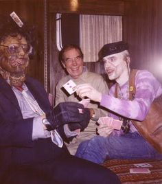 """/// A moment behind the scenes of """"Texas Chainsaw Massacre 2"""""""