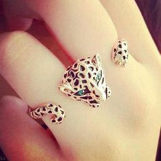 Rings, jewelry, accessories. two finger ring