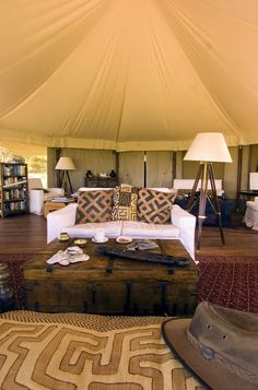 Naboisho Conservancy in Safari Kenya African Interior Design, African Design, African Style, Ethno Design, West Indies Style, British Colonial Decor, Safari Decorations, Campaign Furniture, Ethno Style