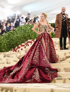 Blake Lively In Atelier Versace - Every Must-See Look From The 2018 Met Gala - Photos