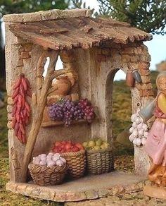 5 Inch Scale Produce Shop by Fontanini Christmas In Italy, Christmas Time, Christmas Crafts, Christmas Decorations, Christmas Nativity Scene, Christmas Villages, Miniature Houses, Miniature Dolls, Fontanini Nativity