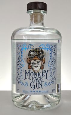 Almendra Winery and Distillery launched Monkey Face Gin in late Their gin is distilled from grain in a traditional copper pot still. Furthermore, it features locally grown California almonds. Best Gin Cocktails, Gin Cocktail Recipes, Whisky, Alcohol Bottles, Liquor Bottles, London Gin, Gin Distillery, Gin Tasting, Gin Brands