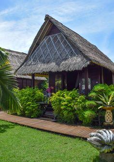 Oceanfront bungalow on Nusa Lembongan, Bali