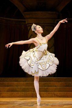 Hikaru Kobayashi in Raymonda.  Royal Ballet.  Photo: Alice Pennefather/ROH.