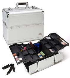 Professional Silver Aluminum Makeup Case w/ 6 Trays