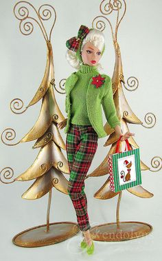 CHRISTMAS GREEN by Gwendolyns Treasures, via Flickr I swear I am making this as a vintage out fit, i love it!  How great!