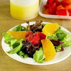 Vegan recipes: Valencian Salad made with butter lettuce, pickled red pepper and oranges. pickledplum.com food recipes
