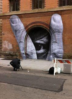 Liu Bolin Eye by JR #streetart