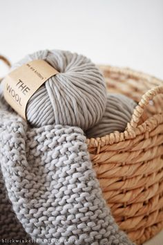 ☆ knit - wool - grey - knitting - cocooning
