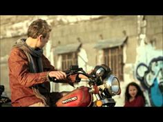 Matisyahu Sunshine video oficial subtitulos español - YouTube