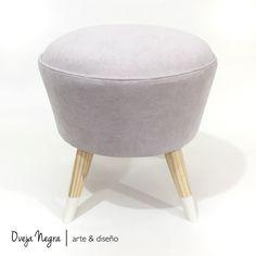 Tapizado en pana Belga color Latte Latte, Ottoman, Chair, Furniture, Home Decor, Chairs, Colors, Stool, Interior Design