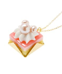Q-pot Mickey Mouse-Petit Cake Strawberry Necklace B704 0419 from JAPAN