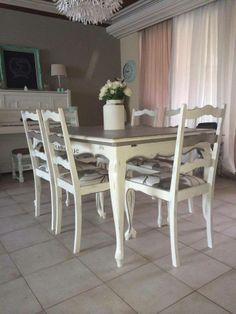 table, annie sloan chalk paint, old white and french linen