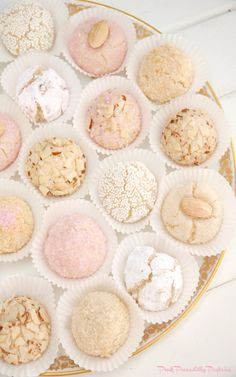 Pink Piccadilly Pastries: Amaretti for Teatime! Gluten Free & Ready in 30 Minutes! Tea Cookies, Almond Cookies, Amaretti Cookies, Tea Party Cookies Recipe, Amaretti Biscuits, Pink Cookies, Foods With Gluten, Sans Gluten, Gluten Free Cookies