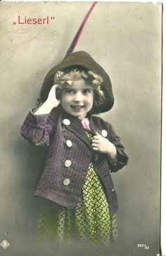 1914 Germany  postcard. REAL PHOTO. VINTAGE. A GIRL IN A HAT. LIESERL