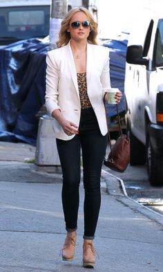 Kaylee DeFer Looks Effortlessly Glam On The Gossip Girl Set Wearing A White Blazer And Sunglasses