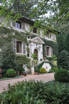 An evening at architect Norman Askins house: via Things That Inspire