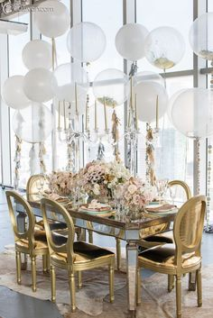 Oh my gosh this metallic color scheme is to die for and super trendy right now.