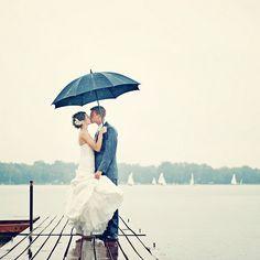 in case it rains Rain Wedding, Umbrella Wedding, Wedding Fun, Wedding Stuff, Wedding Ideas, Wedding Dresses Photos, Wedding Pictures, Romantic Couples, Wedding Couples