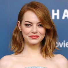Emma Stone // long bob with beachy waves Long Bob Hairstyles, Cool Haircuts, Celebrity Hairstyles, Summer Hairstyles, Pretty Hairstyles, Latest Hairstyles, Hair Day, New Hair, Your Hair