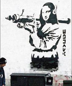 Street art of Banksy - world of art graffiti Banksy Graffiti, Banksy Artwork, Street Art Banksy, Bansky, Urban Street Art, Urban Art, City Art, Mona Lisa, Art Mural