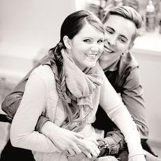 Ziemlich beste Kollegen - Tina Hötzendorfer - ... oder vom Glück eines gar nicht mal so faden Paares. Couple Photos, Couples, Athlete, Nice Asses, Couple Shots, Couple Pics, Couple Photography, Romantic Couples, Couple