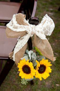 Aubrey & Blake's lovely fall Charleston wedding!  Photos by Reese Moore Weddings  www.reesemooreweddings.com