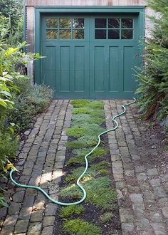 Eco Friendly Green Driveways – A Living Permeable Driveway, Porous and Alive Architectural Landscape Design Permeable Driveway, Brick Driveway, Driveway Ideas, Driveways, Driveway Design, Cobbled Driveway, Cobblestone Driveway, Brick Pathway, Asphalt Driveway