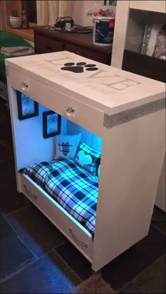 Puppy Room Design IdeaYou can find Pet beds and more on our Puppy Room Design Idea Animal Room, Animal House, Dog Bedroom, Puppy Room, Dog Spaces, Diy Dog Bed, Diy Bed, Cute Dog Beds, Dog Furniture
