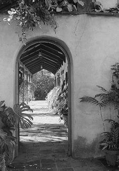 Historic Houses of California - Los Angeles - Rancho La Brea Adobe