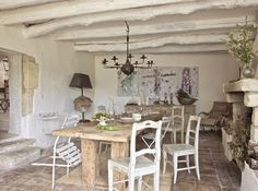 Josephine Ryan's dining room in Provence