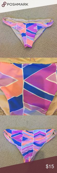 Zinke bikini bottoms Zinke bikini bottoms. New. Medium. Zinke Swim Bikinis