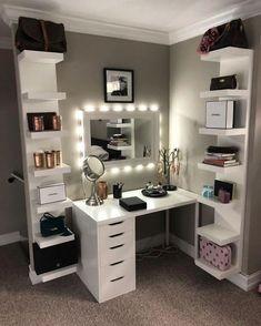 Cute Teen Rooms, Bedroom Decor For Teen Girls, Girl Bedroom Designs, Teen Room Decor, Room Ideas Bedroom, Bed Room, Men Bedroom, Bedroom Furniture, Deco Furniture