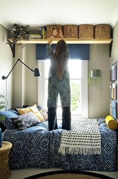 Small Room Design Bedroom, Small Bedroom Storage, Room Ideas Bedroom, Home Bedroom, Bed Room, Bedroom Storage Solutions, Small Bedroom Decorating, Small Bedroom Interior, Bedroom Storage Hacks