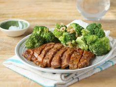 Cajun+Broccoli+&+Rump+ Dinner Box, Broccoli, Beef, Dishes, Chicken, Recipes, Food, Meat, Plate