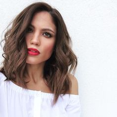 44 Latest Trendy Medium Hairstyles For 2018 Hairstyles Haircuts, Down Hairstyles, Trendy Hairstyles, Medium Hair Cuts, Medium Hair Styles, Long Hair Styles, Bad Hair Day, Long Curly Bob, Hair 2018