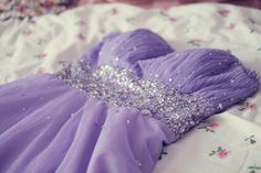 Lilac strapless prom dress.