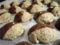 Cookies: Poppy Seed Biscuits- Plätzchen: Mohn-Kekse The perfect cookie: poppy seeds recipe with picture and simple step-by-step instructions: mix all the ingredients to a dough, use a tsp small … - Baking Recipes, Cookie Recipes, Snack Recipes, Dessert Recipes, Snacks, Desserts, Poppy Seed Recipes, Poppy Seed Cookies, Halloween Baking
