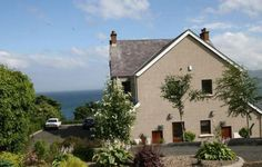 Largy Coastal Apartments, Carnlough, Ballymena, Co Antrim (Sleeps 6) Self Catering Holiday Accommodation in Northern Ireland. Treat Yourself – Luxury – Travel – UK