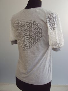 DIY TUTORIAL: Cute lace sleeves and lace heart.